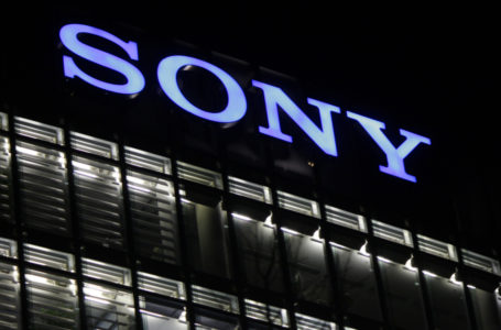 Sony might launch first truly bezel-less smartphone at IFA 2017